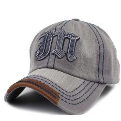 Gorra tejido Vaquero Con iniciales de M Bordado sobresaliente...