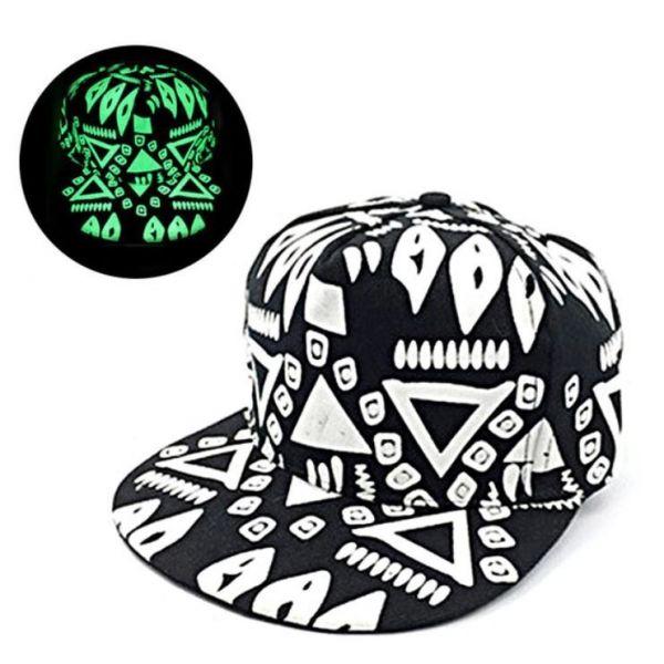 75fd6ef8411f0 Gorra de béisbol al estilo hip hop con visera plana. Estampado de pintadas  rupestres mayas. Gorra con fluorescencia ...