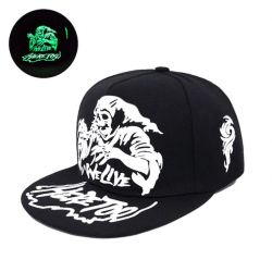 Gorra Plana Luminosa We Live Here Too Calavera Moda Casual