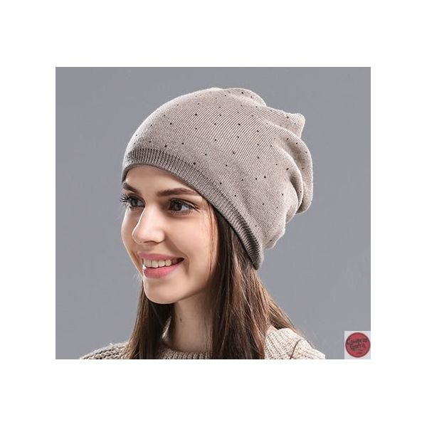 0de732559bb70 El tiempo cuando empiezan las bajas temperaturas es recomendable llevar un  gorro como este. El ligero
