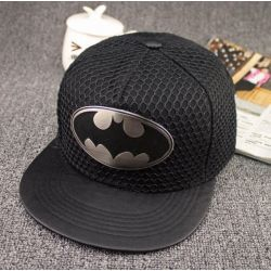 Gorra de Batman con una Placa con el Logo Cubierta de Malla...