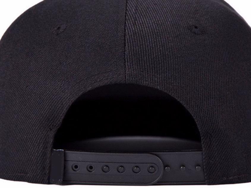 detalle de atrás gorra